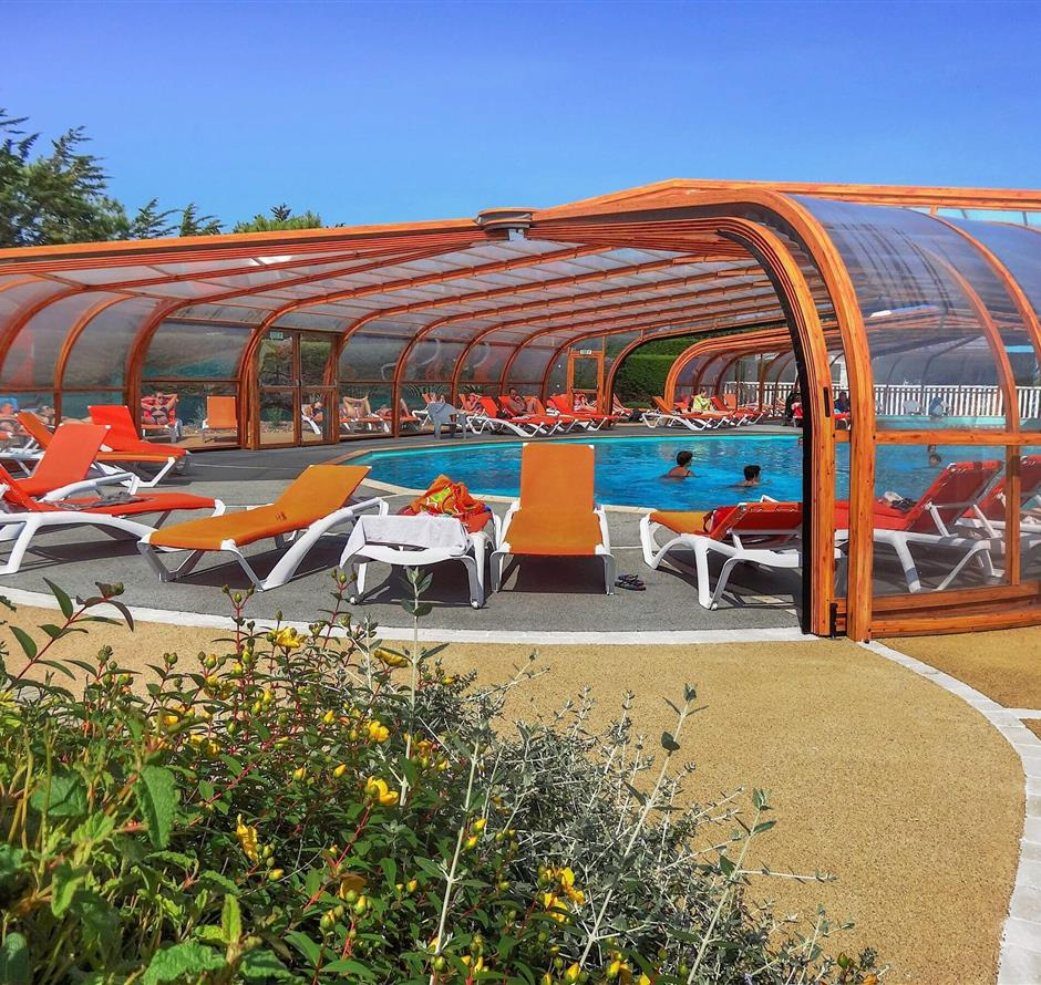 indoor heated swimming pool in Saint Hilaire de Riez - ST HILAIRE DE RIEZ CAMPSITE