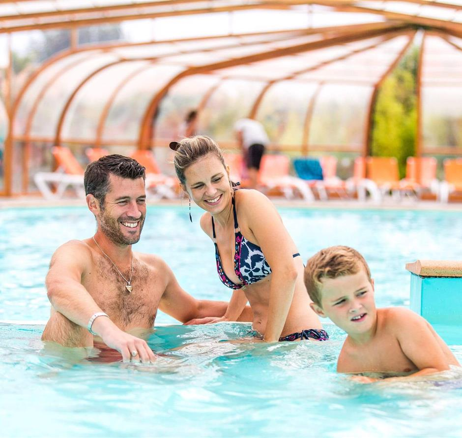 indoor swimming pool heated to 28 ° in Saint Hilaire de Riez - ST HILAIRE DE RIEZ CAMPSITE
