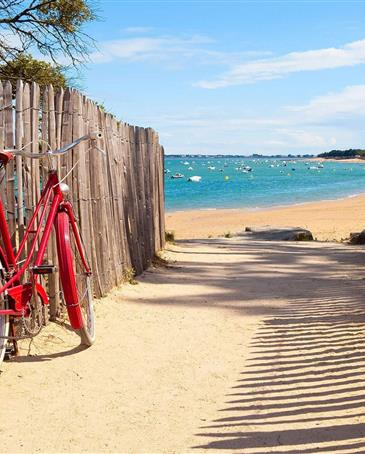 explore the Vendée by bike - ST HILAIRE DE RIEZ CAMPSITE